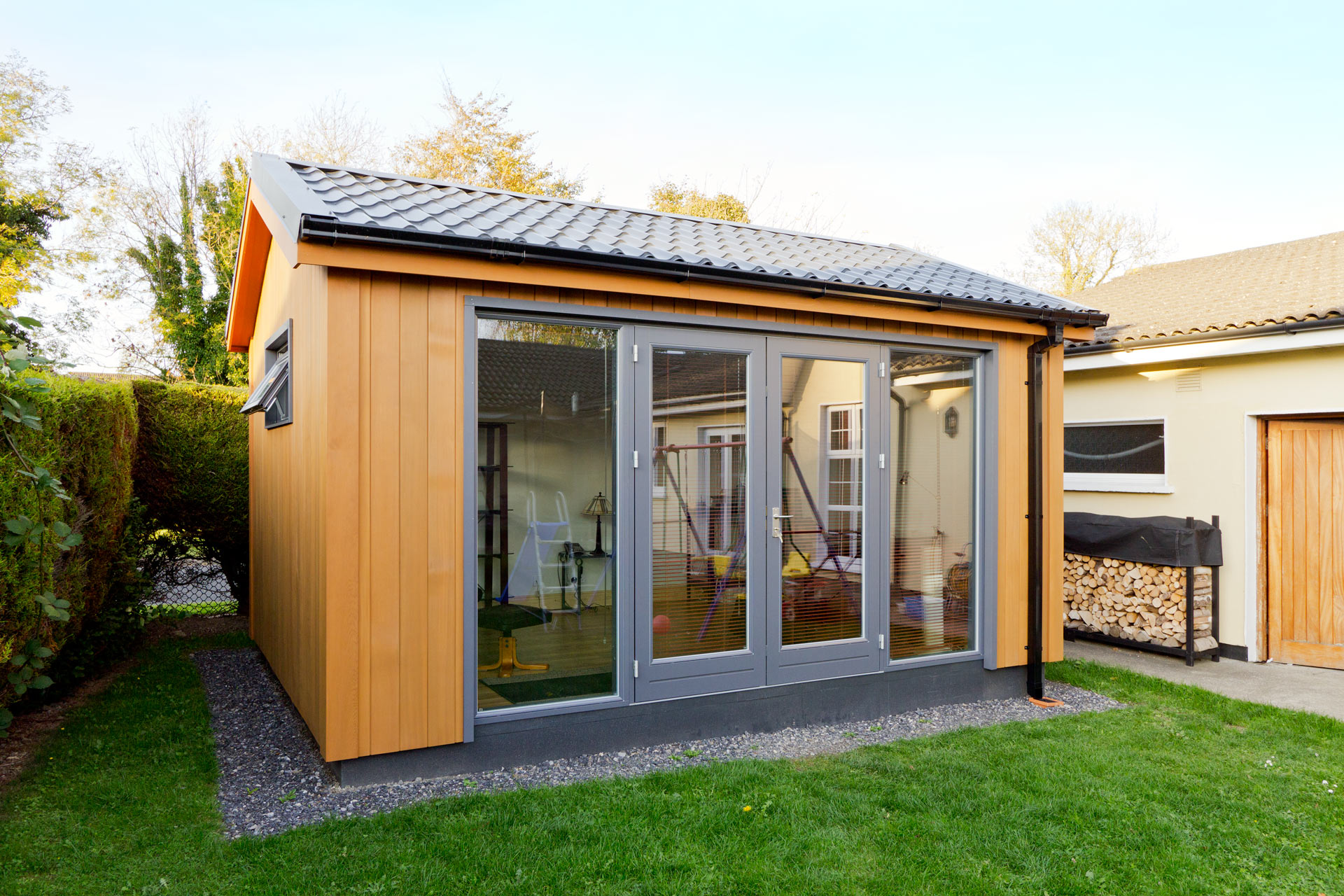 Office pod prices garden office prices contempo garden for Garden office ideas uk